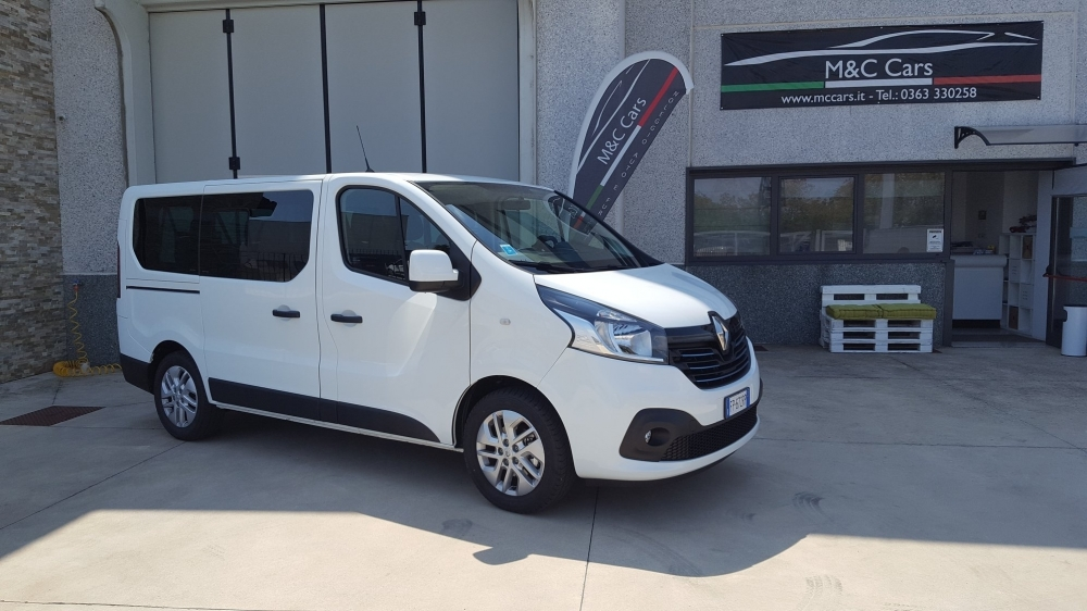 GRUPPO H - RENAULT TRAFIC - M&C CARS